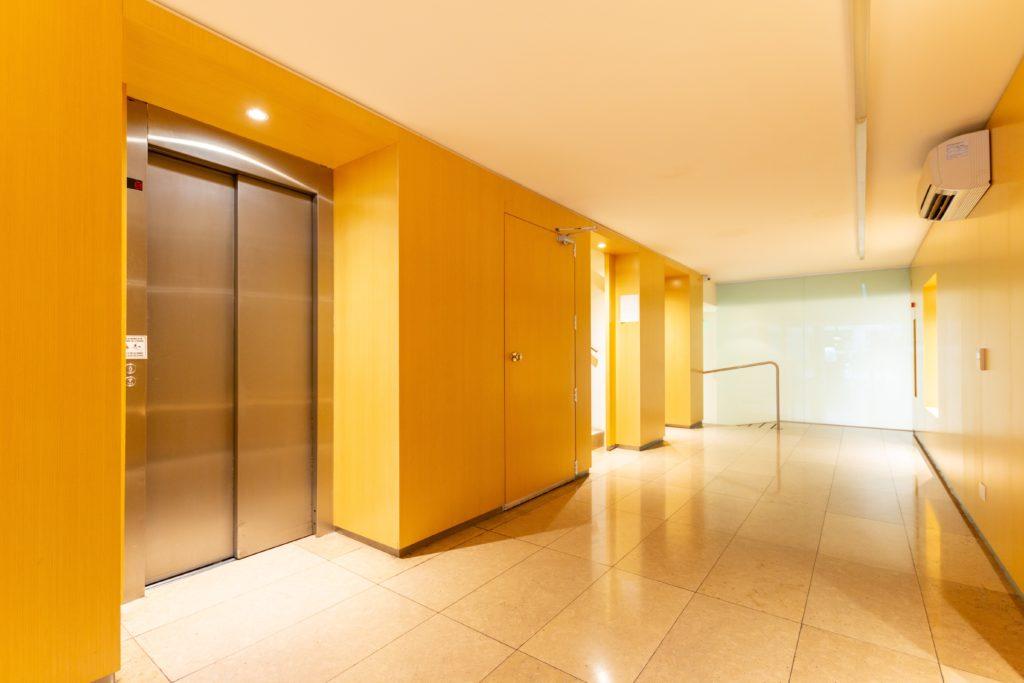 エレベーターの設置届は所轄の行政庁に出す【検査もあります】