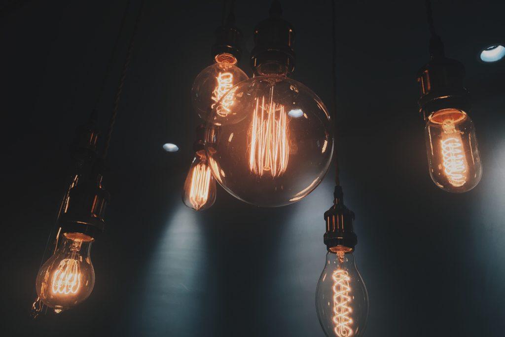 他の電気系資格と2級電気通信工事施工管理技士の難易度比較