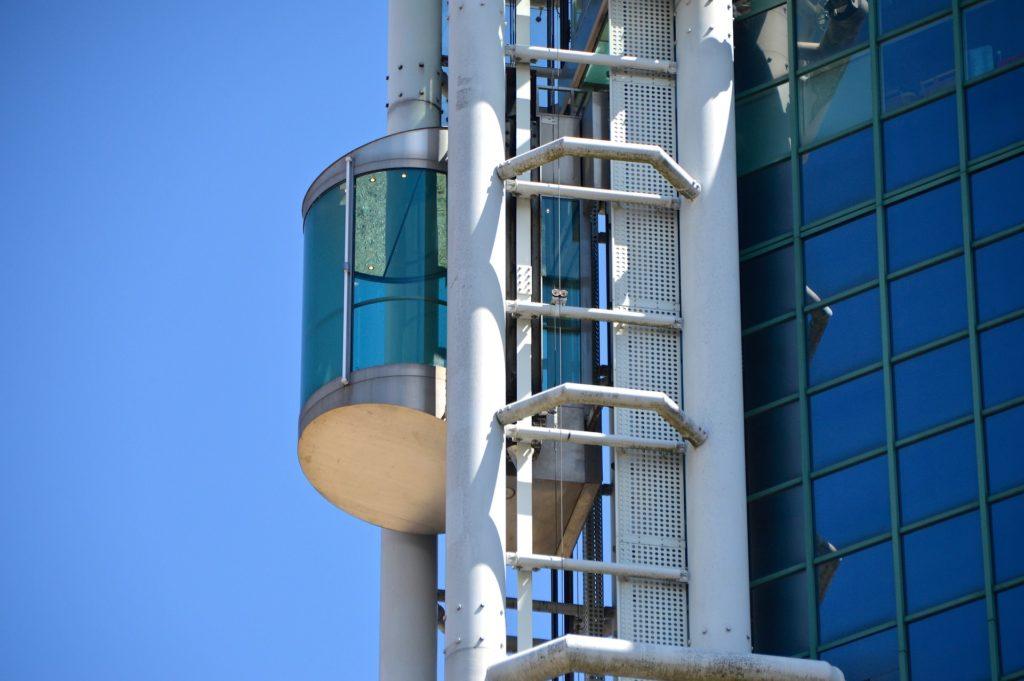 エレベーターシャフトとはエレベーターの通り道