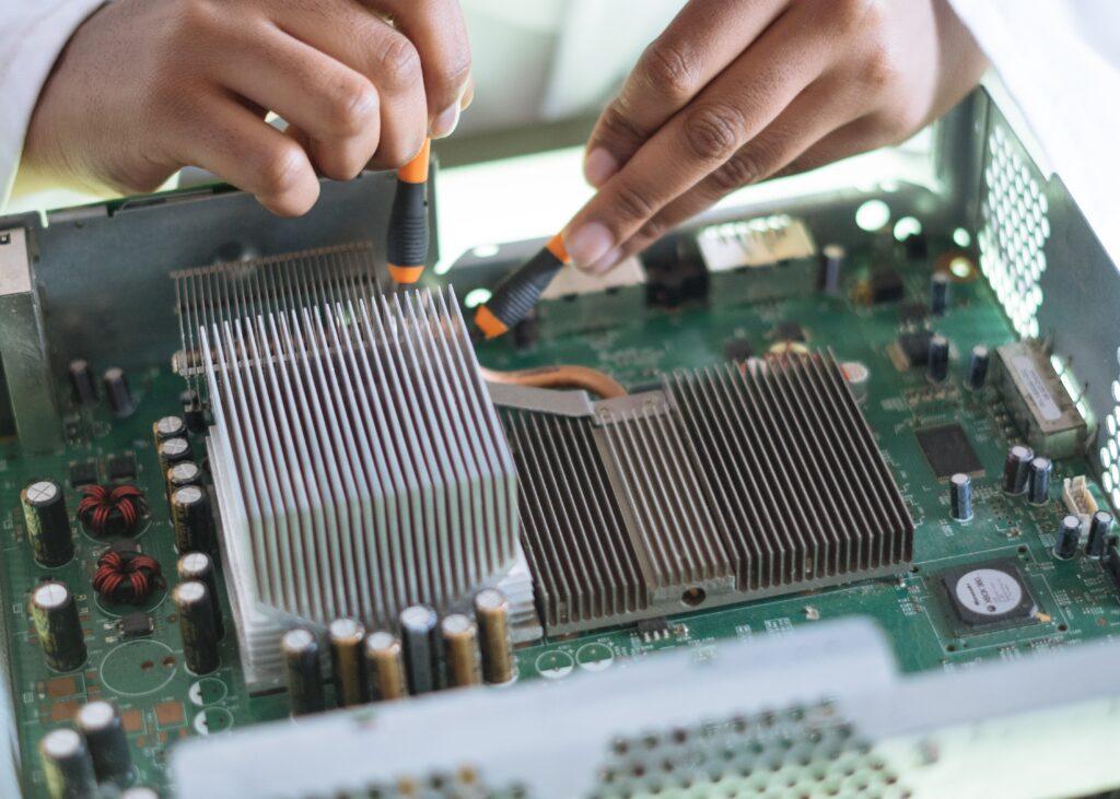 配電制御システム検査技士以外に取得しておきたい資格3選