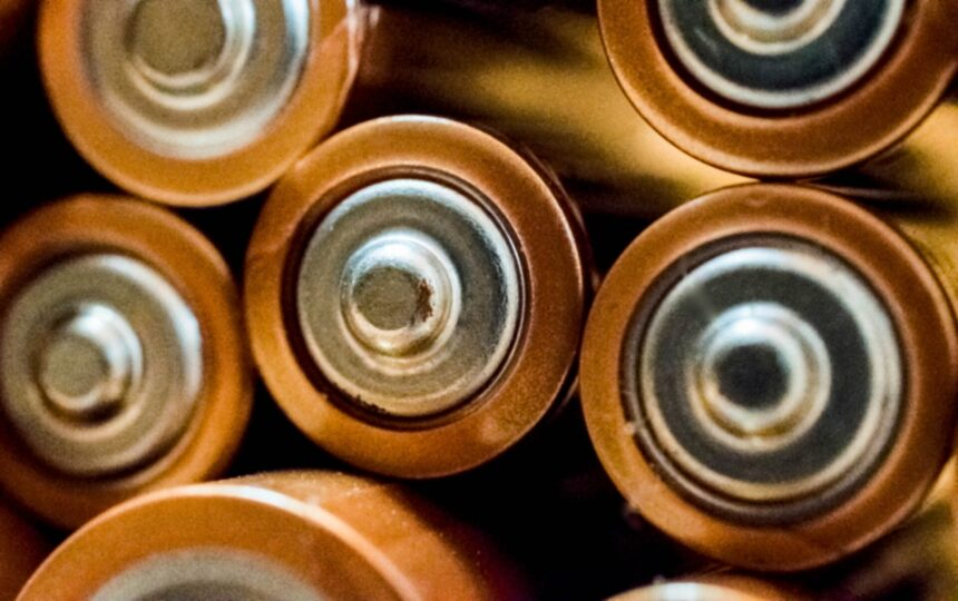 蓄電池設備整備資格者の講習内容【修了考査の合格率や難易度も解説】